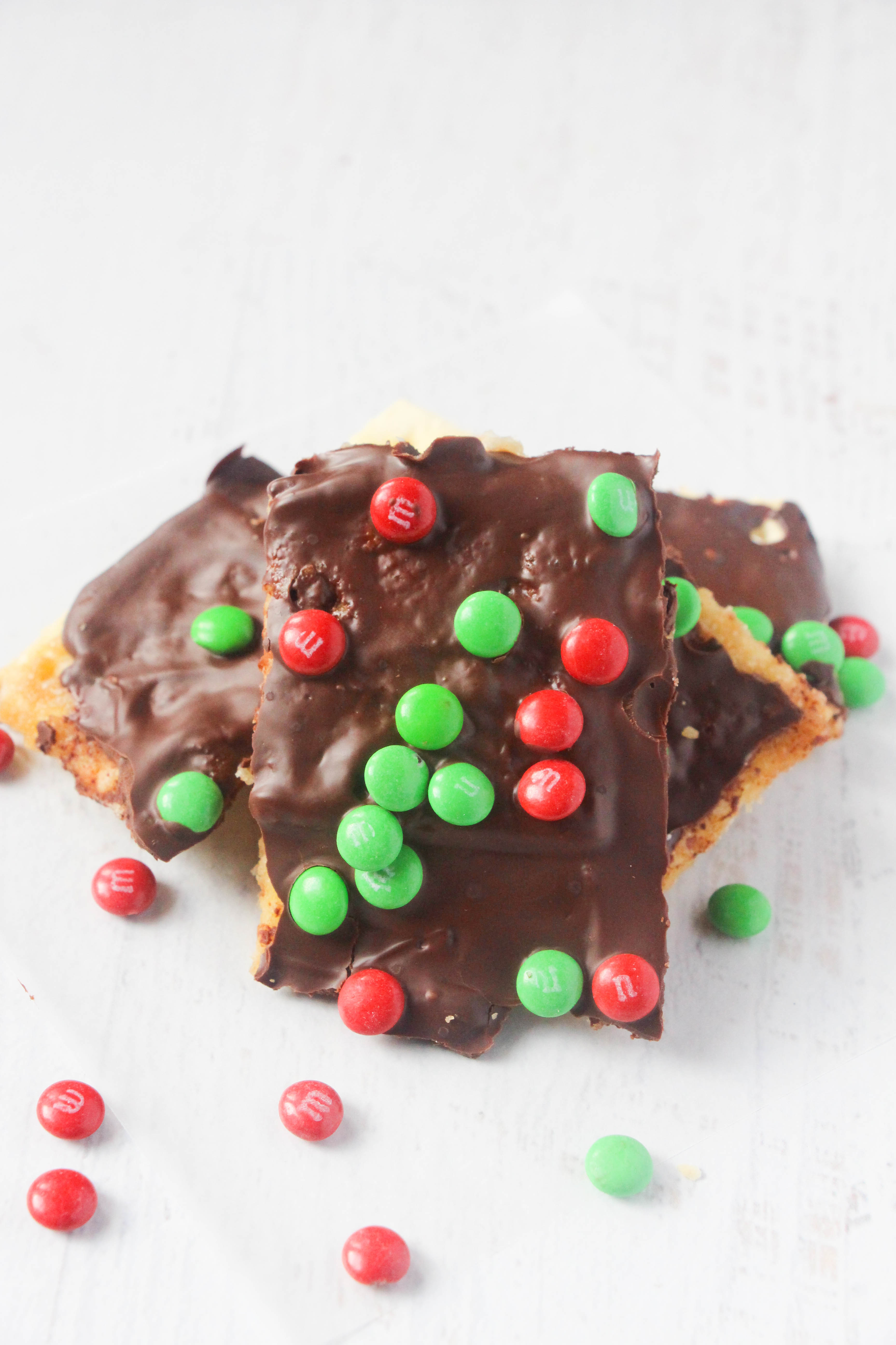 Have you tried Christmas Crack? This Christmas Cracker Candy is well known as Christmas Crack toffee. You will love this easy to make Christmas Crack recipe.