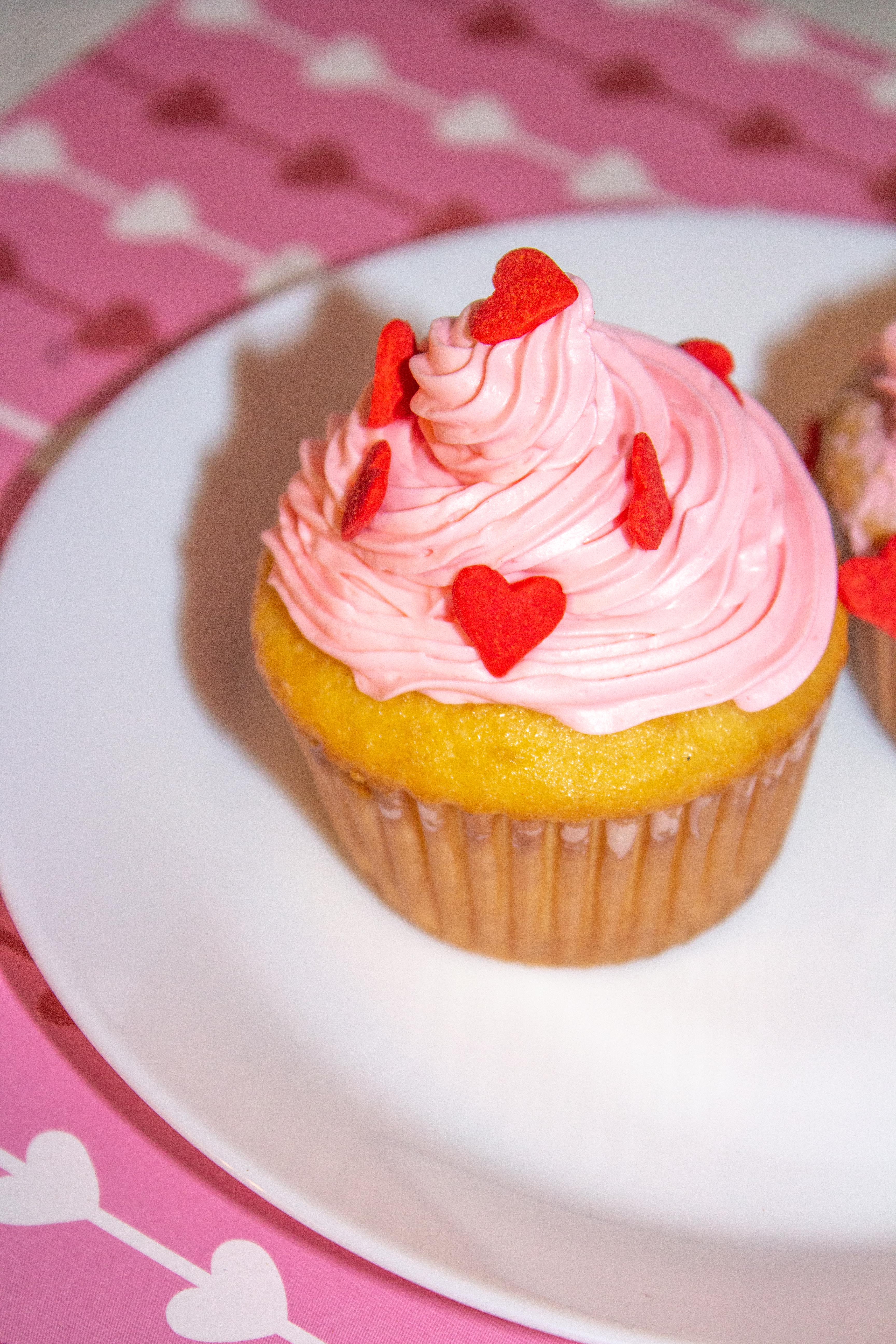 valentine' day cupcakes